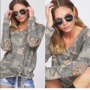 Camo long sleeve knit shirt.